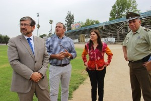 Revisan mejoramientos en estadio municipal para que Deportes Melipilla juegue de local